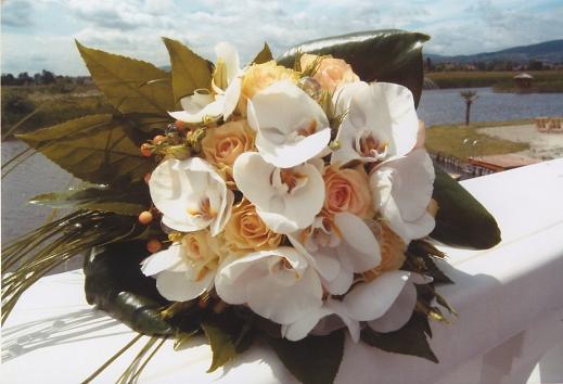 5cd1cb5e84 DekorÁgi - Esküvői virág | esküvő dekoráció | autódísz